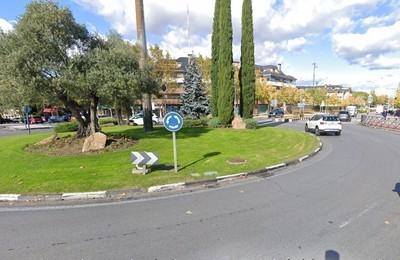 /media/noticias/fotos/pr/2020/11/21/el-proximo-miercoles-habra-cortes-de-trafico-en-la-rotonda-de-interseccion-de-las-avenidas-de-espana-de-los-reyes-catolicos-y-de-guadarrama_thumb.jpg