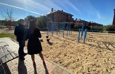 /media/noticias/fotos/pr/2020/12/02/majadahonda-cuenta-con-un-nuevo-circuito-de-calistenia-para-hacer-deporte-al-aire-libre_thumb.jpg