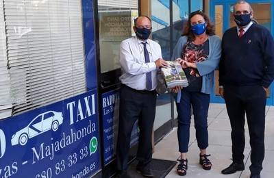 /media/noticias/fotos/pr/2021/10/13/la-revista-majadahonda-in-viaja-en-taxi_thumb.jpg